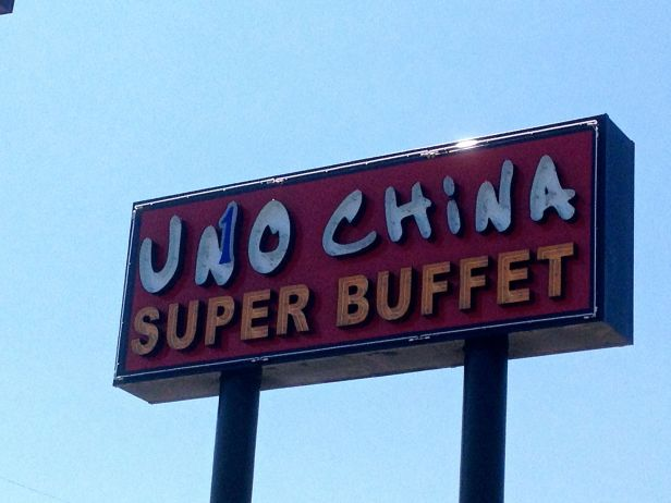 """""""Uno""""…""""One""""…whatever you call it, it's Chinese buffet food for crying out loud…."""