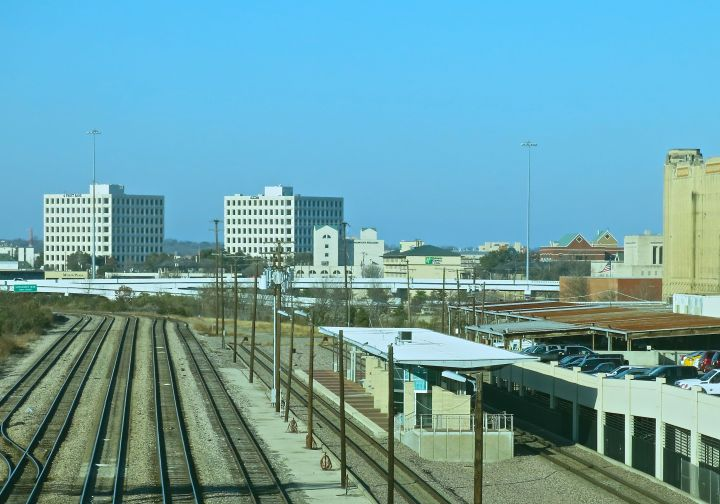I will have to start paying closer attention to the (what I thought was ) the busy downtown Fort Worth rail yard - I've never before witnessed all five tracks in this area vacant at the same time….