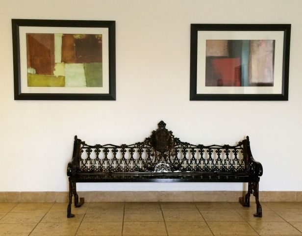 Contrasting styles in the Old World style bench decor and the Modern Artwork…hmmm am I  bothered more with that than the fact I was about ½ tile off centered for the photo….