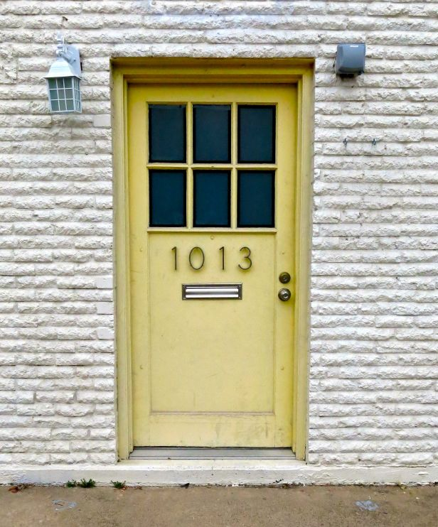 I've always told clients that landscapes and people places should complement doorways, so don't miss the opportunity….
