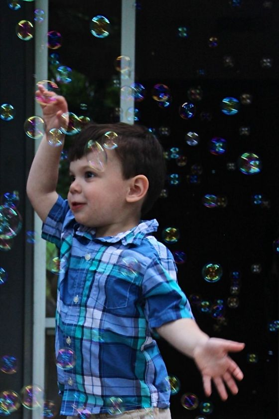Chasing and popping bubbles
